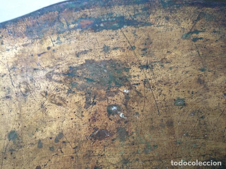 Antigüedades: ANTIGUA GRAN BANDEJA MADERA 59 X 38 CM TALLADA VER FOTOS TRASERA - Foto 10 - 214748586