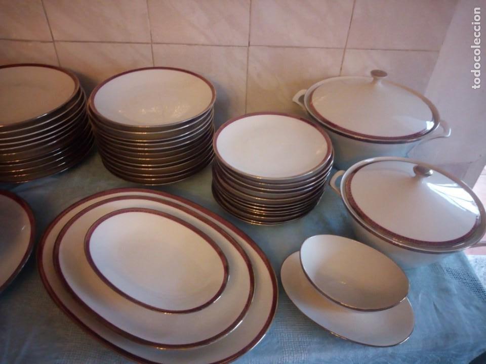Antigüedades: Preciosa vajilla de 43 piezas,porcelana bareuther waldsassen bavaria,borde granate y dorado. - Foto 3 - 214939406