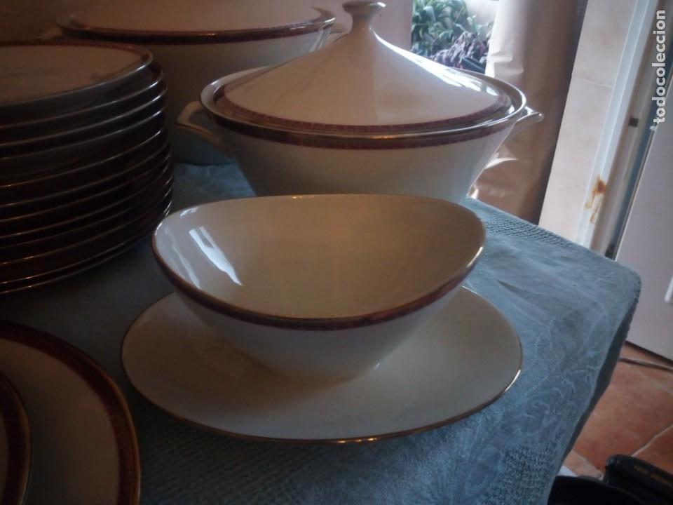 Antigüedades: Preciosa vajilla de 43 piezas,porcelana bareuther waldsassen bavaria,borde granate y dorado. - Foto 9 - 214939406