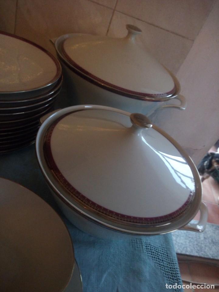 Antigüedades: Preciosa vajilla de 43 piezas,porcelana bareuther waldsassen bavaria,borde granate y dorado. - Foto 10 - 214939406
