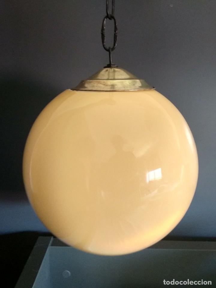 LAMPARA DE OPALINA AMARILLA, MODERNISTA, VINTAGE (Antigüedades - Iluminación - Lámparas Antiguas)