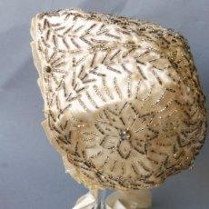 Antigüedades: ANTIGUO GORRO DE ENCAJE PARA NIÑA O MUÑECA PPIO. S. XX.. Lote 214946333