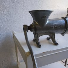 Antigüedades: PICADORA ELMA 22. Lote 215204965