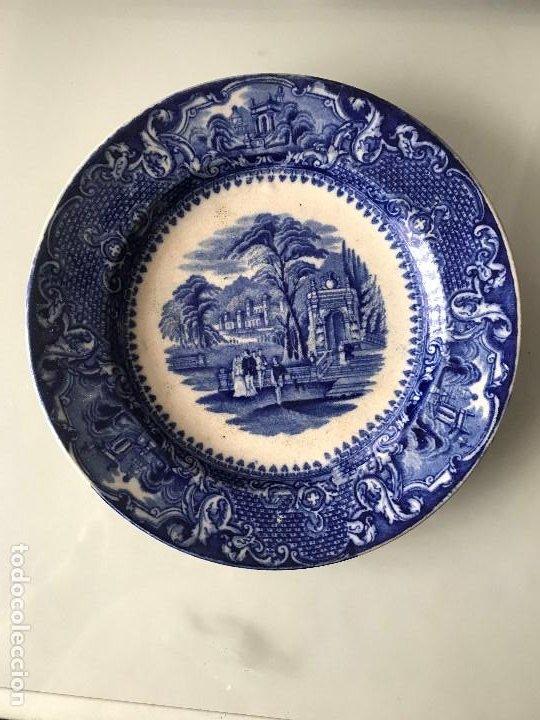 UN ANTIGUO PLATO DE LOZA DE SAN JUAN DE AZNALFARACHE (Antigüedades - Porcelanas y Cerámicas - San Juan de Aznalfarache)