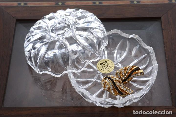 Antigüedades: Antigua azucarera o recipiente caramelos de cristal tallado, Royal Crystal rock - Foto 10 - 215264003