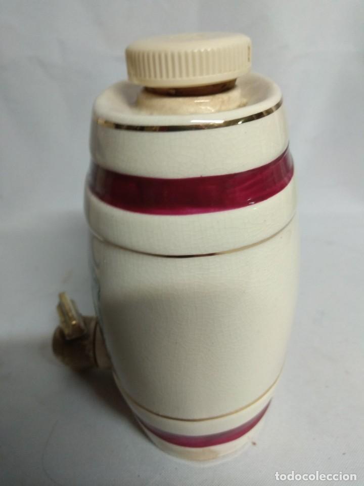 Antigüedades: Pareja de pequeños barriles fabricados en porcelana. Royal Victoria Wade England Pottery. - Foto 10 - 215273911
