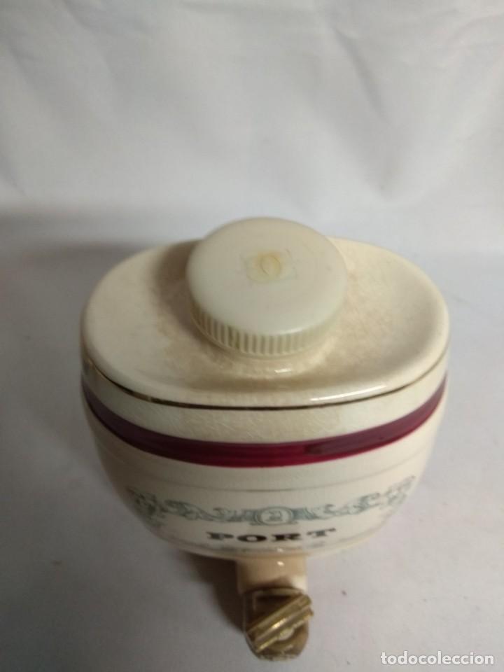 Antigüedades: Pareja de pequeños barriles fabricados en porcelana. Royal Victoria Wade England Pottery. - Foto 12 - 215273911
