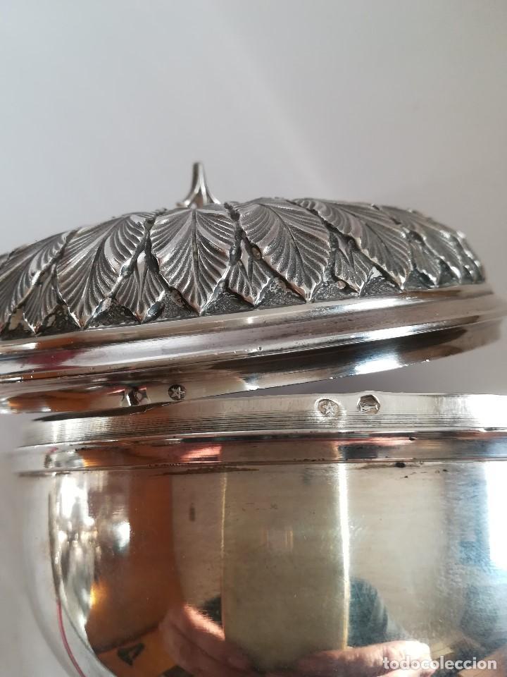 Antigüedades: Copon en plata de ley labrada y cincelada mediados Siglo XX , Alt. 27 cms. Peso 733 grs. - Foto 2 - 215291587