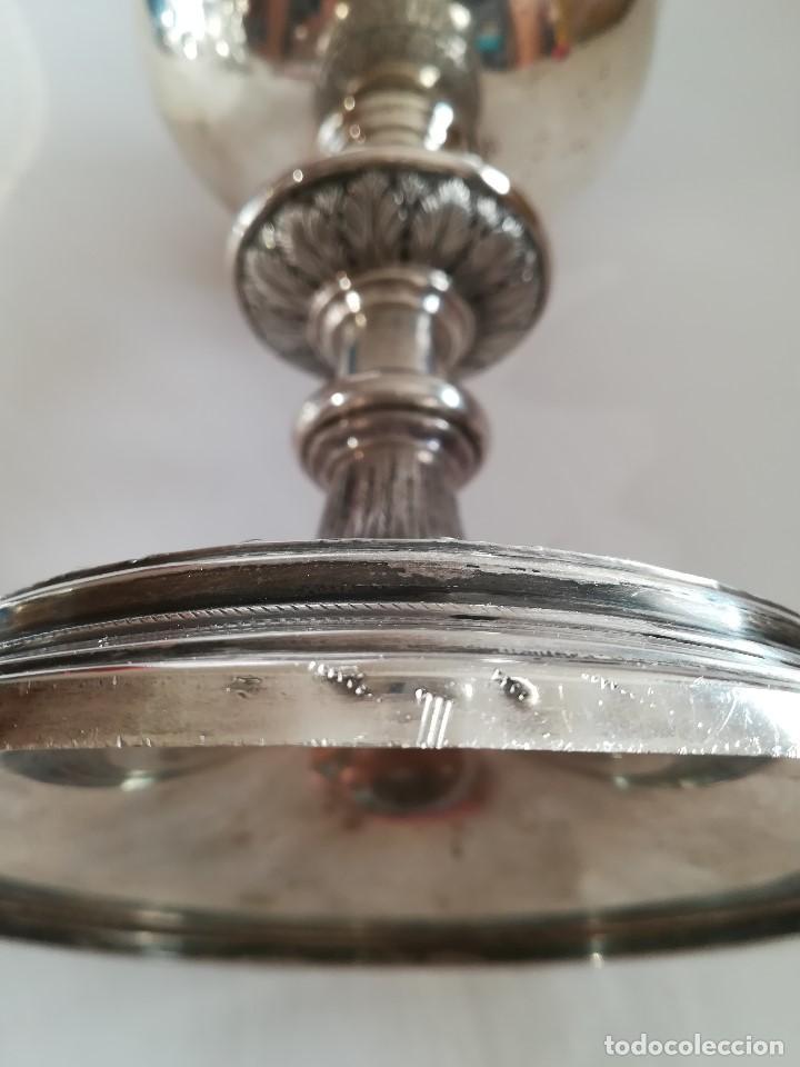 Antigüedades: Copon en plata de ley labrada y cincelada mediados Siglo XX , Alt. 27 cms. Peso 733 grs. - Foto 4 - 215291587