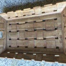 Antiquités: PRECIOSA BANDEJA TALLADA MADERA EXÓTICA TRABAJO COLONIAL 1900. Lote 215423388