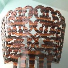 Antigüedades: PRECIOSA PEINETA SIMIL CAREY. Lote 215439477