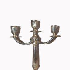 Antigüedades: CANDELABRO TRES BRAZOS PLATA VINTAGE. Lote 215466857