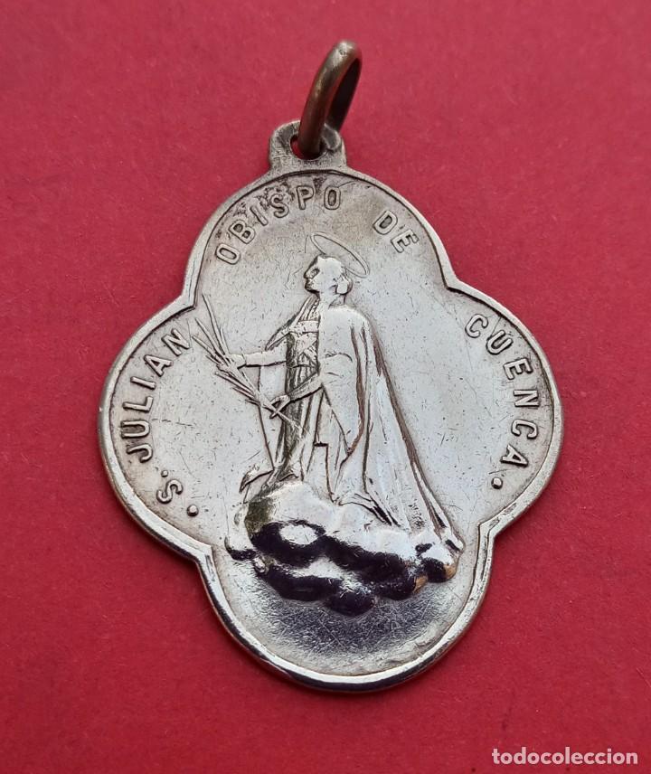 Antigüedades: Medalla Antigua Virgen de las Angustias y San Julian. Cuenca en Plata. - Foto 2 - 215504995