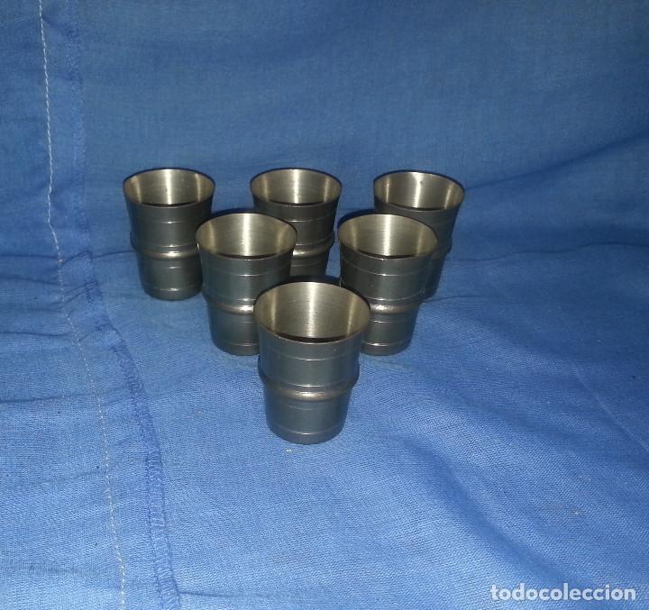 6 VASOS DE ZINC....6 UNIDADES.....4.5 CM DE ALTO. (Antigüedades - Hogar y Decoración - Copas Antiguas)