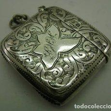 Antigüedades: ANTIGUA CAJA DE PLATA INGLESA PARA CERILLAS DE 1907. Lote 215625210