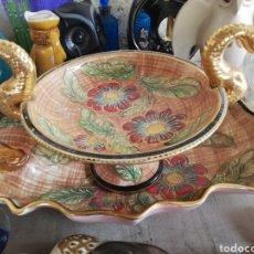 Antigüedades: BANDEJA Y FRUTERO PORCELANA FRANCESA PINTADA A MANO. Lote 215668803