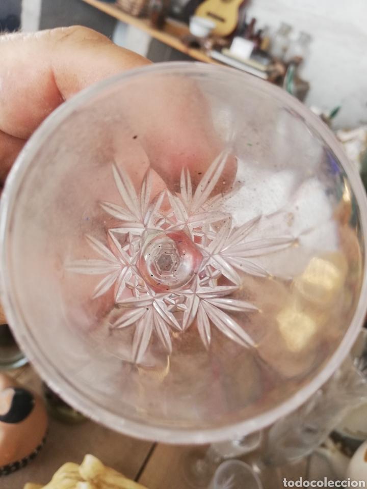 Antigüedades: Cuatro copas de cristal.. Posible de la granja - Foto 5 - 215672156