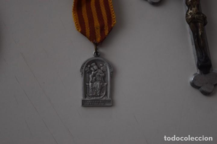 Antigüedades: LOTE 4 MEDALLAS (UNA MUY GRANDE) Y UN CRUCIFIJO: COLEGIO DE SAN JOSÉ VALENCIA, HIJAS DE MARÍA, ETC - Foto 6 - 215729527