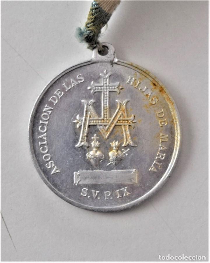Antigüedades: LOTE 4 MEDALLAS (UNA MUY GRANDE) Y UN CRUCIFIJO: COLEGIO DE SAN JOSÉ VALENCIA, HIJAS DE MARÍA, ETC - Foto 12 - 215729527