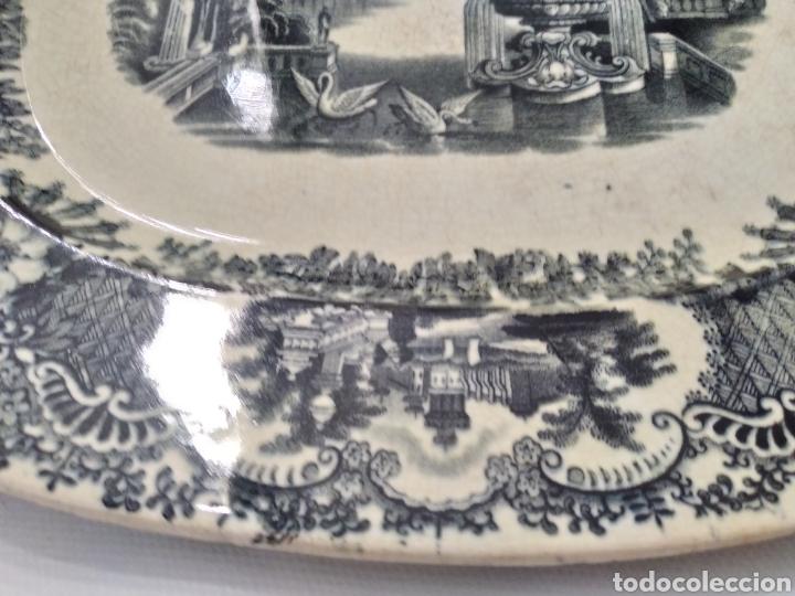 Antigüedades: Preciosa fuente PICKMAN, Cartuja de Sevilla, de 35 centímetros, vista en tinta negra, sello de 1841. - Foto 10 - 215748997