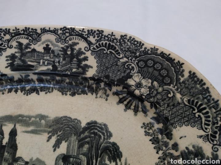 Antigüedades: Preciosa fuente PICKMAN, Cartuja de Sevilla, de 35 centímetros, vista en tinta negra, sello de 1841. - Foto 14 - 215748997