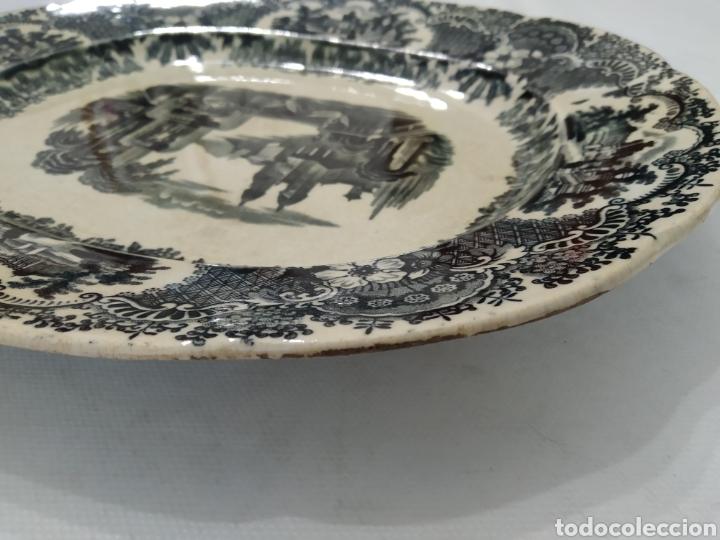 Antigüedades: Preciosa fuente PICKMAN, Cartuja de Sevilla, de 35 centímetros, vista en tinta negra, sello de 1841. - Foto 30 - 215748997