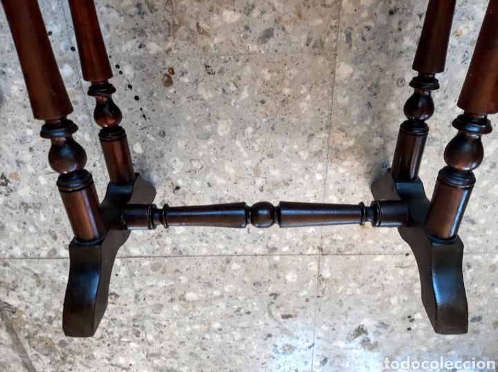 Antigüedades: Costurero estilo Isabelino. En madera de caoba - Foto 2 - 215795621