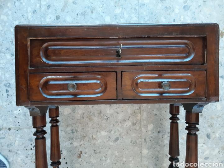 Antigüedades: Costurero estilo Isabelino. En madera de caoba - Foto 3 - 215795621
