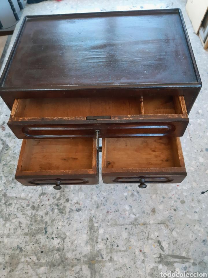 Antigüedades: Costurero estilo Isabelino. En madera de caoba - Foto 8 - 215795621