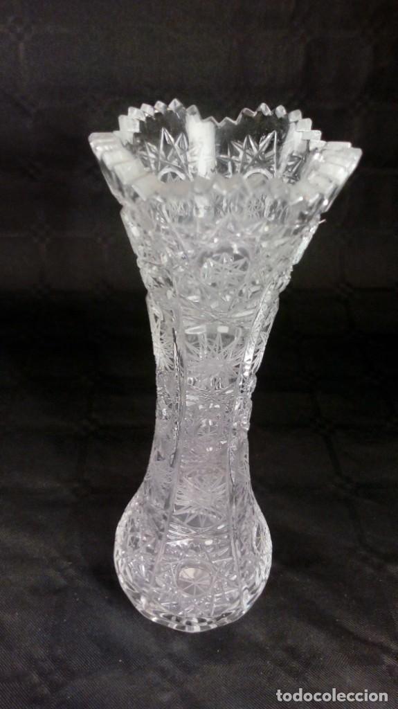 JARRÓN EN CRISTAL BACCARAT TALLADO. PRINCIPIOS DEL S. XX. (Antigüedades - Cristal y Vidrio - Baccarat )