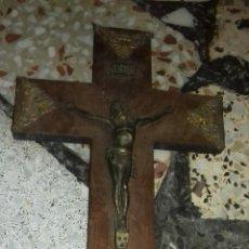 Antigüedades: FIGURA CRUZ CRISTO (ANTIGUO). Lote 215806137