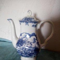 Antigüedades: ANTIGUA CAFETERA DE PORCELANA MYOTT THE BROOK FINE STAFFORDSHIRE WARE. Lote 215841008