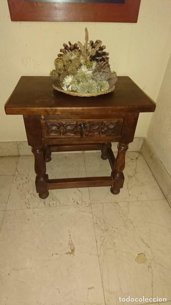 ANTIGUA MESITA AUXILIAR CASTELLANA (Antigüedades - Muebles Antiguos - Mesas Antiguas)