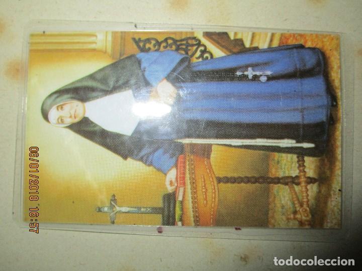 Antigüedades: RELIQUIA M. PAULA DE JESUS FRANCISCANA TELA TOCADA RESTOS DE LA M PAULA - Foto 4 - 215898002