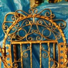 Antigüedades: CAPILLITA HERRAJE. Lote 215955972