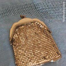 Antigüedades: ANTIGUO MONEDERO DE MALLA DORADO.. Lote 215957212