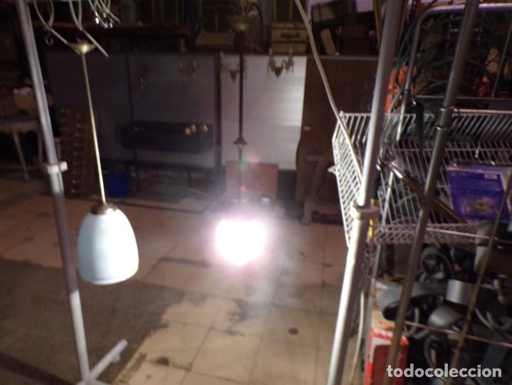 ANTIGUA LAMPARA CON TULIPA MODERNISTA FUNCIONANDO (Antigüedades - Iluminación - Lámparas Antiguas)