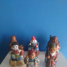 Antigüedades: LOTE DE 6 MONGES DE PORCELANA.. Lote 216016117