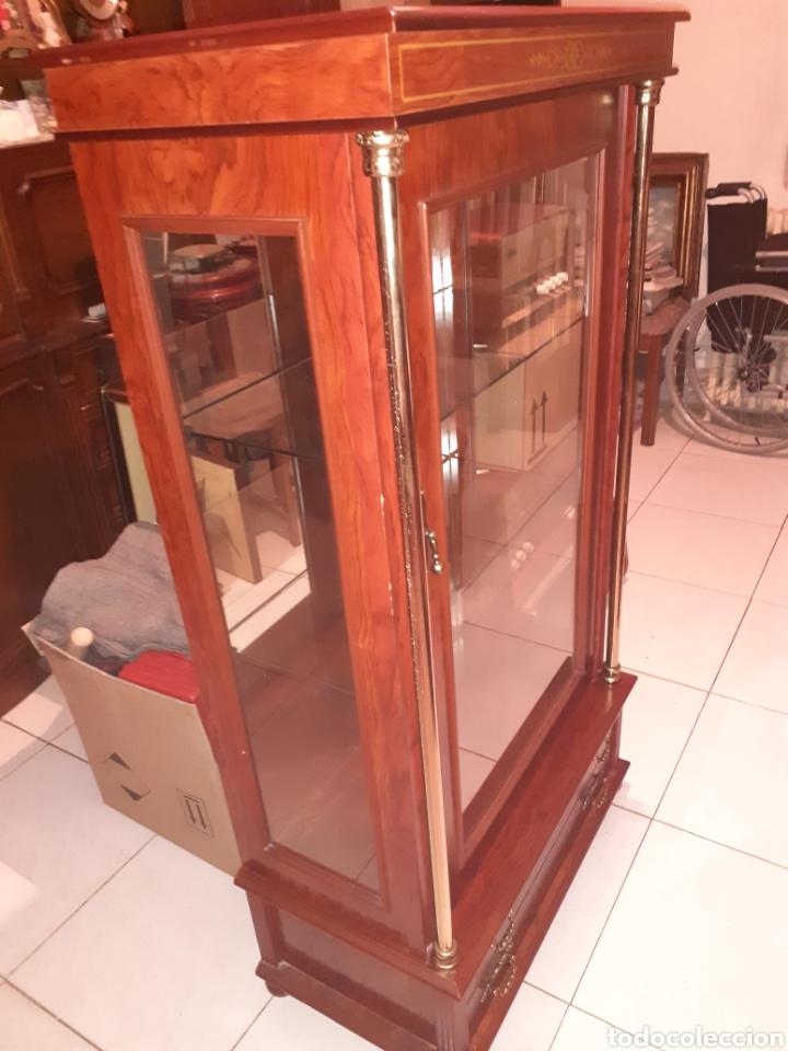 Antigüedades: Bonita Vitrina con 2 cajones, ver fotos.. - Foto 3 - 216354643