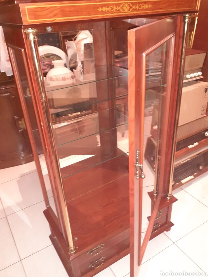 Antigüedades: Bonita Vitrina con 2 cajones, ver fotos.. - Foto 8 - 216354643