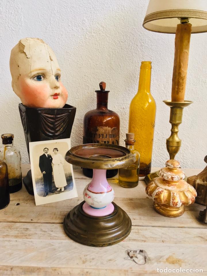 Antigüedades: PEANA DE LATÓN CON PILAR DE PORCELANA REPISA CIRCULAR PARA FIGURA O FANAL SOPORTE DECORATIVO - Foto 11 - 216386771