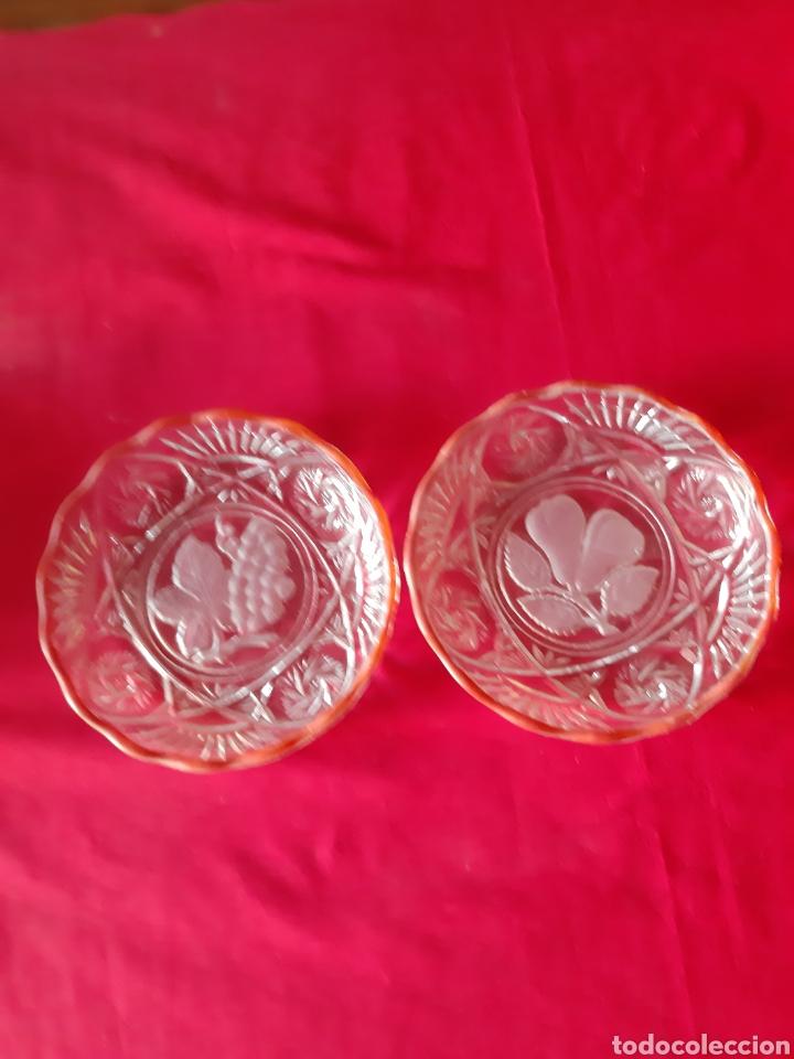 Antigüedades: Antiguo 7 platos.platos de cristal prensado para frutas y dulces de los años 50 - Foto 4 - 216488121