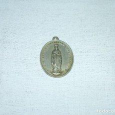 Antigüedades: ANTIGUA MEDALLA RELIGIOSA DE LA INMACULADA CONCEPCION. 1884. P. NAVARRO.4 X 3 CM.. Lote 216517825