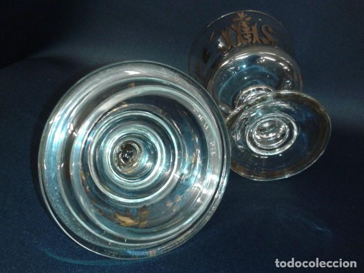 Antigüedades: Copón. Hostiario. Cristal. Posiblemente La Granja. Segovia. Principios del siglo XIX. - Foto 8 - 216545588