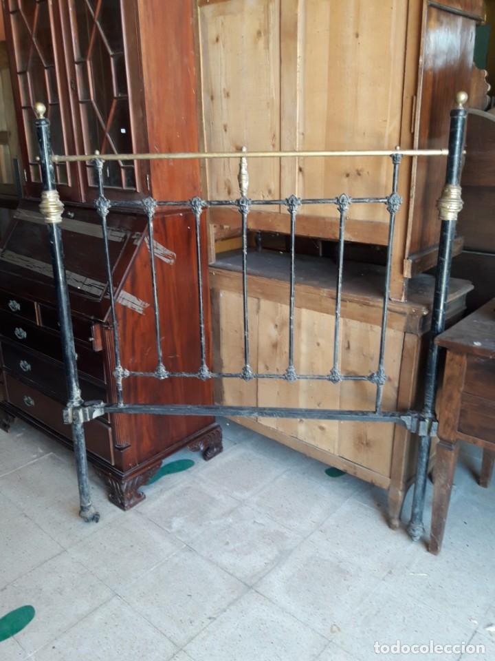 CABECERO CAMA HIERRO YMETAL (Antigüedades - Muebles Antiguos - Camas Antiguas)