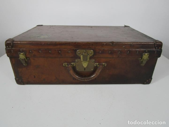 MALETA - LOUIS VUITTON - MADERA Y CUERO - AÑO 1890-1919 (Antigüedades - Moda - Otros)