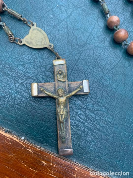 Antigüedades: ROSARIO CON CUENTAS DE MADERA - MEDIDA 45 CM - RELIGIOSO - Foto 2 - 216676107