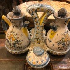 Antigüedades: VINAGERAS TALAVERA ANTIGUAS. Lote 216698498