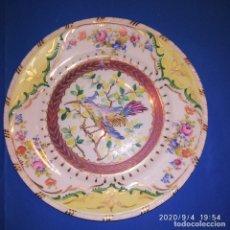 Antigüedades: DOS PLATOS DE SANTA CLARA, PINTADOS A MANO. SIGLO XX.. Lote 216719707