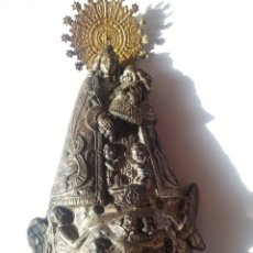 Antigüedades: ANTIGUA IMAGEN BAÑADA EN PLATA DE LA VIRGEN DE LOS DESAMPARADOS. REQUIERE LIMPIEZA. FALTA CORONA.. Lote 234786700